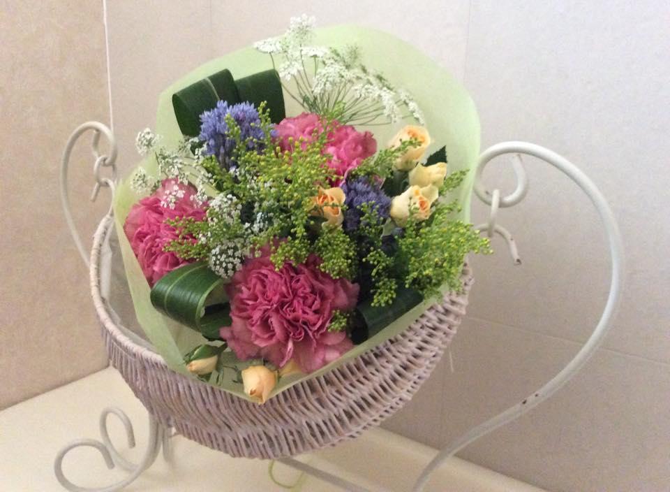 『植物のチカラをもっと暮らしに講座』 簡単♪おしゃれな花束づくり♪
